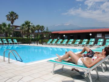 Residence Club Fondachello Resort